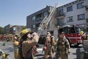 Une quarantaine de camions de pompiers ont... (PHOTO ROBERT SKINNER, LA PRESSE) - image 2.0