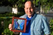 David Marenger et le fameux morpho bleu... (PHOTO OLIVIER PONTBRIAND, LA PRESSE) - image 2.0
