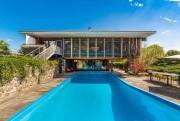 La cour, la piscine et les aires de... (PHOTO TIRÉE DE CENTRIS) - image 3.0
