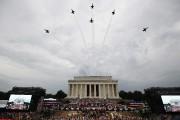 Les Blue Angels ont survolé le Lincoln Memorial... (PHOTO ALEX BRANDON, AP) - image 3.0