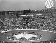 Le 7 juillet 1953, pour célébrer la 500... (PHOTO HENRY BRUEGGEMANN, AP) - image 7.0