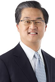 Robert (Bobby) Kwon