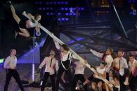La nouvelle création de FlipFabrique nous entraîne dans un périple acrobatique aux airs d'odysée post-apocalyptique.