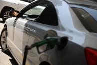 France: les députés votent la fin de la vente d'autos à essence d'ici 2040