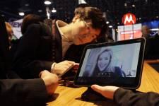 Une tablette Xoom de Motorola présentée au CES... (Photo: Reuters)