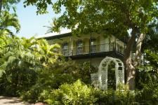 Ernest Hemingway et Tennessee Williams y ont écrit. Michel Tremblay et Marie-Claire Blais y écrivent toujours. Ils nous expliquent pourquoi Key West est le refuge des écrivains.