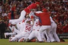 Le septième match de la Série mondiale entre les Rangers du Texas et les Cardinals de St. Louis en images.