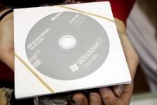 Un CD d'installation de Windows 7.... (Photo: Bloomberg)