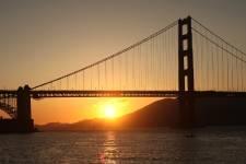 Le Golden Gate Bridge, une des principales attractions touristiques de San Francisco et l'une des constructions les plus connues au monde, célèbre ses 75 ans le 27 mai. Voici quelques images de sa construction jusqu'à son ouverture en 1937.