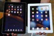 À gauche la Galaxy Tab de Samsung et... (PHOTO LEE JAE-WON, REUTERS)