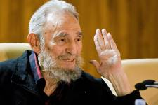 Fidel Castro, photographié le 10 février 2012.... (PHOTO ROBERTO CHILE, ARCHIVES AP)