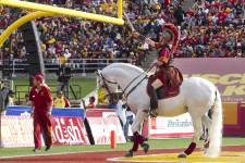 Les photos de Robert Skinner lors de sa visite chez les Trojans de l'University of Southern California (USC), l'un des clubs les plus prestigieux du football universitaire américain.