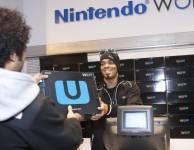 Nintendo lance vendredi en Europe sa nouvelle console de salon, la Wii U,...