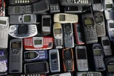 Rogers soutient que consommateurs et entreprises effectueront de moins en moins...