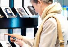 Les téléphones intelligents sont de plus en plus utilisés pour des activités...