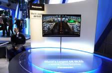 Les fabricants tentent de se faire remarquer au salon mondial de l'électronique...