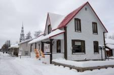 Avant ou après le ski, il suffit de faire un petit détour par le vieux village pour découvrir un Bromont qui charme à tout coup.