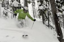 Le domaine skiable de Whistler-Blackcomb est si vaste qu'il faudrait des semaines pour le parcourir en entier. Une belle façon d'en profiter au maximum, en fonction de ses envies et des ses aptitudes, c'est de l'explorer en compagnie de guides pour qui les montagnes n'ont plus aucun secret.