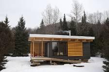 Vous aimez la nature, mais pas à la dure? Vous n'êtes pas seul. Pour répondre à une demande grandissante, la Société des établissements de plein air du Québec (SEPAQ) a conçu l'EXP, tout nouveau modèle d'hébergement à la fois confortable et en prise directe sur son environnement. Nous l'avons visité en avant-première.
