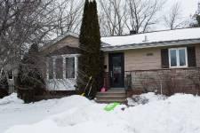 Le propriétaire d'un bungalow de Boucherville a redonné son lustre d'antan à sa maison, tout en lui laissant son air de 1959, date à laquelle la propriété a été construite.