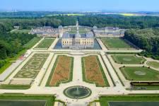 Avec le retour prochain des beaux jours, les parcs et jardins de l'Hexagone rouvrent leurs portes et s'apprêtent à accueillir leurs nouveaux visiteurs. Petit tour dans les plus beaux jardins de France.