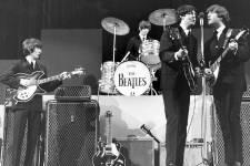 Quelques objets reliés à la Beatlemania que l'on pourra voir lors de l'exposition Les Beatles à Montréal au Musée Pointe-à-Callière du 29 mars 2013 au 30 mars 2014.