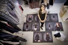 Une décennie s'est écoulée depuis la première  collection de vêtements signée Valérie Dumaine. Nous avons profité d'une  visite à l'atelier de la designer pour faire avec elle l'inventaire de  ses 10 printemps de carrière.