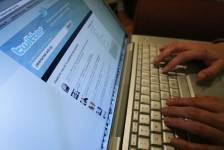 Twitter s'est finalement incliné après plusieurs mois de joutes judiciaires... (Photo archives Reuters)