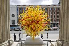 Quelques-unes des oeuvres de Dale Chihuly présentées au Musée des beaux-arts de Montréal du 8 juin au 20 octobre 2013.