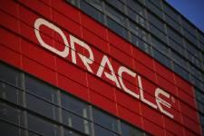 Oracle a déçu jeudi avec une stagnation de ses ventes annuelles, plombées par...