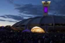 Plus de 30 000 personnes ont répondu à l'invitation de l'Orchestre symphonique de Montréalau Parc olympique. Il s'agit d'une foule record pour l'Esplanade Financière Sun Life depuis qu'on a commencé à y présenter des spectacles, l'an dernier