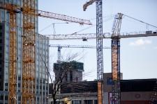 Mille cinq cent seize : c'est le nombre d'appartements en copropriété en construction autour du Centre Bell, dans quatre complexes différents: Icône Condos, Roccabella, L'Avenue et la Tour des Canadiens.