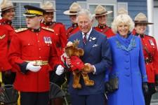 Le prince de Galles et la duchesse de Cornouailles sont en visite en Nouvelle-Écosse,à l'Île-du-Prince-Édouard et au Manitoba cette semaine.