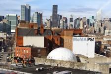 Si Queens évoque chez vous des images du quartier délabré d'Eddy Murphy dans Un prince à New York, une mise à jour s'impose. Le secteur multiethnique et industriel a une belle offre côté arts, sculptures et bouffe.