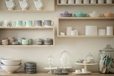 Convoitée pour ses objets de la table faits main, Atelier Make accueille le public dans sa nouvelle boutique-atelier, les samedis, jusqu'à Noël.