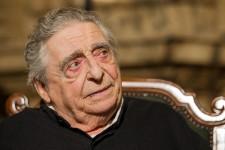 Quelques photos retraçant la carrière de Paul Buissonneau décédé le 30 novembre 2014 à l'âge de 87 ans.