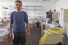 Le siège du journal satirique français <em>Charlie Hebdo</em>, dans le centre de Paris, a été la cible d'un attentat terroriste qui a coûté la vie à au moins 12 personnes, dont le dessinateur emblématique et directeur de la publication Charb.