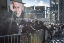 René Angélil, imprésario et mari de Céline Dion, était exposé en chapelle ardente le jeudi 21 janvier 2016 de 14h à 21h. Plusieurs personnalités étaient présentes afin de lui rendre un dernier hommage.