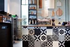 Les éléments de décoration qui évoquent ceux de la maison se multiplient dans les cafés, bars et restaurants. Nous en avons visité plusieurs, parmi les plus inspirants et les plus courus à Montréal, afin d'y piquer des idées déco bien souvent accessibles et, surtout, dans le coup! Laissez-vous inspirer.
