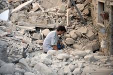 Un puissant séisme a frappé le centre de l'Italie, le 24 août, faisant des dizaines de morts et détruisant de nombreux bâtiments.