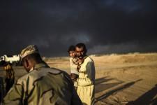 L'offensive militaire en cours dans la ville de Mossoul, en Irak, suivie de raids meurtriers par l'État islamique à Kirkouk, a nécessité l'évacuation de centaines de civils. Résumé en images par l'Agence France-Presse.