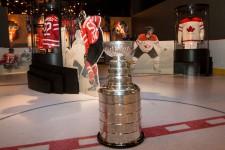 Soirée de célébration du 125e anniversaire de la Coupe Stanley au musée canadien de l'histoire.