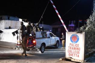 Pakistan: l'attaque d'une école de police fait 58 morts