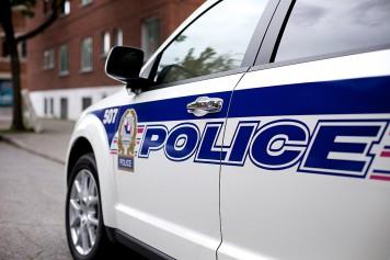 Une femme assassinée à Laval, le suspect en fuite