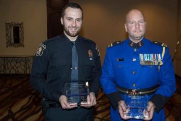 Attentat de Québec: deux policiers honorés pour leur courage