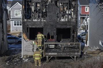 Sept enfants d'une famille tués dans un incendie à Halifax