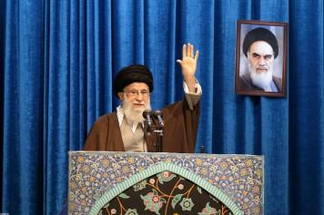 Trump appelle le guide suprême d'Iran à «faire attention à ses mots»