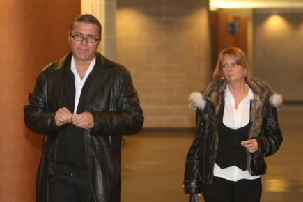 Michel Dumont et sa conjointe à leur arrivée... (Photo: Martin Chamberland, La Presse)