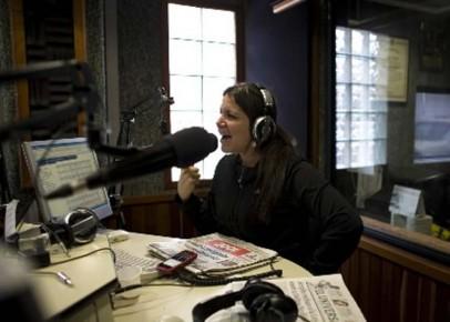 Les stations de radio et télévision visées ont... (Photo: AP)