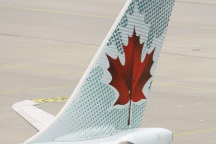 Certains passagers d'Air Canada(T.AC.B) devront une fois de... (Photo: Reuters)